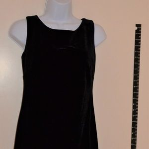 Little black velvet sleeveless dress